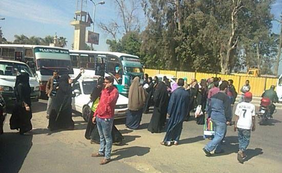 قطع طريق الكورنيش اعتراضًا على وقف توزيع اللبن المدعم عبر الشركة المصرية