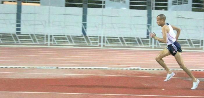 فوز لاعب الأهلي في سباق الموانع ببطولة الجمهورية لألعاب القوى