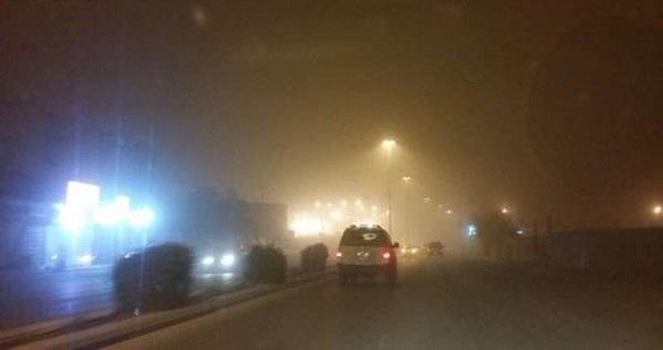 📷| عواصف مُحملة بالرمال والأتربة تضرب السعودية (صور)