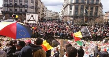 بالفيديو.. مسيرة ضد الإرهاب والكراهية تجوب شوارع بروكسل بمشاركة مسلمين وعائلات الضحايا