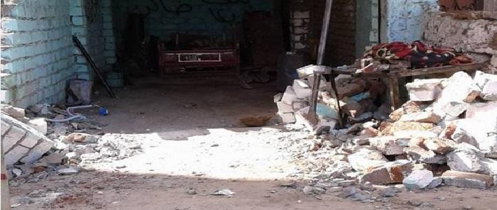 الأقصر.. «جمال» هدمت المرافق ورشته رغم سداده رسوم الكهرباء