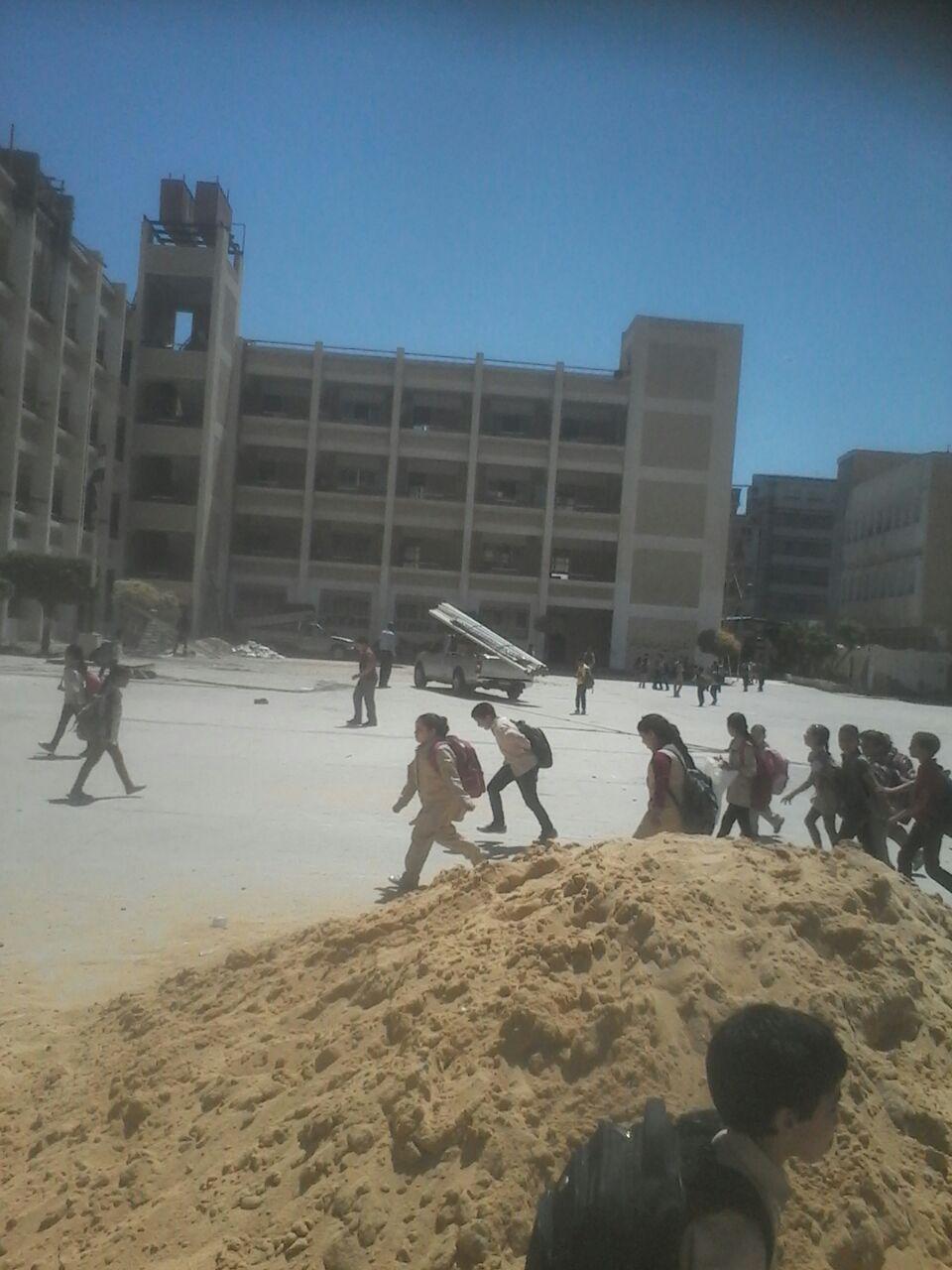 أولياء أمور يحذرون من الدراسة في 5 مدارس تخضع للصيانة بفارسكور
