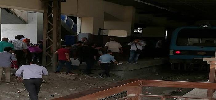 الحر «فرهد» المترو.. تعطل القطارات بدار السلام وتكدس بالزهراء (صور)