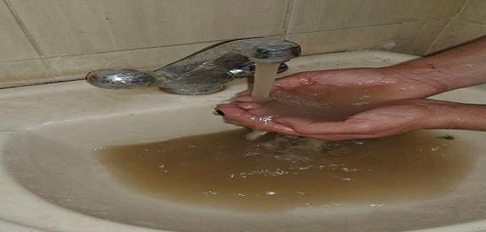 بالصور.. غضب بالفيوم لتلوث مياه الشرب في مدينة يوسف الصديق
