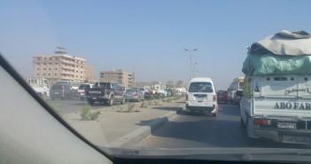 «السير عكسى» شكوى المواطنين المتكررة على طريق الأوتستراد ..فى غياب المرور