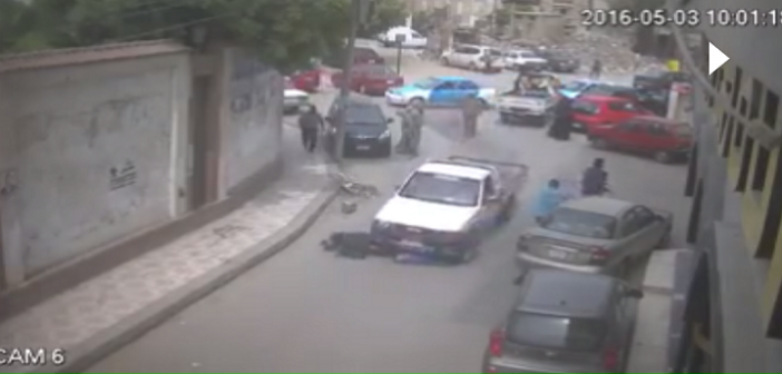 فيديو.. كاميرا مراقبة ترصد لحظة دهس سيارة سيدتين بدمياط دون أسباب واضحة