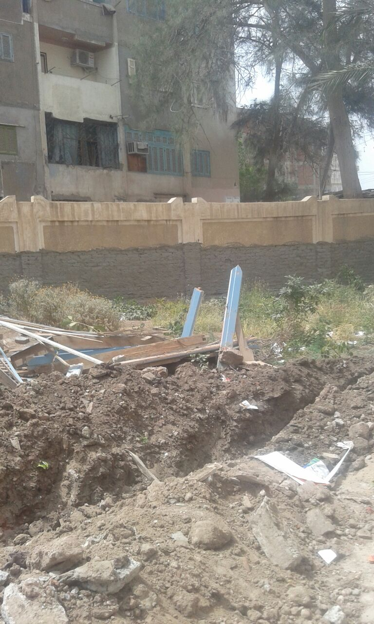 أولياء أمور يطالبون بحل أزمة امتحان طلاب في 5 مدارس قيد الصيانة بدمياط