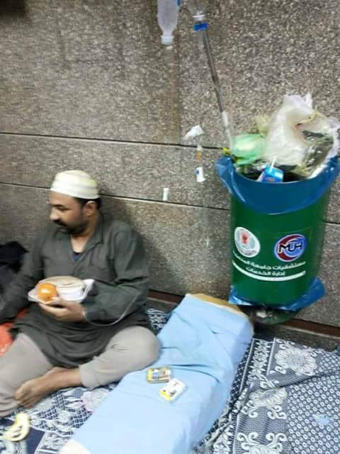 مواطن يشكو إهمال المرضى في مستشفيات جامعة المنصورة (صورة)