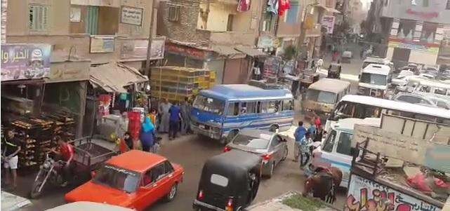 فيديو| أهالي «بيجام» بشبرا الخيمة يطالبون زكي بدر بموقف مواصلات