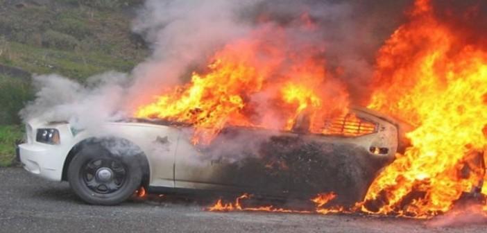 تفحم سيارة في مول «كايرو فستيفال» بالتجمع الخامس