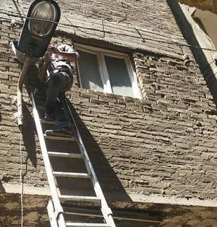 مطالب بإنارة شوارع إحدى قرى طهطا بسوهاج
