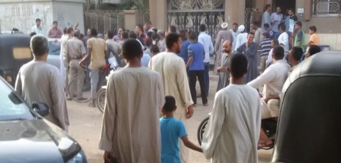 بالصور.. احتجاجات مواطني قفط بقنا ضد انقطاع الكهرباء منذ 3 أيام