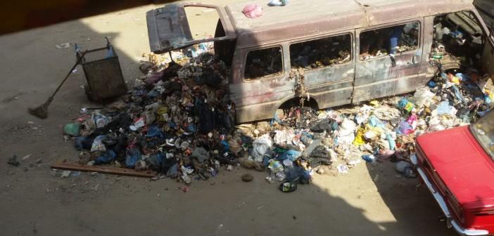 تراكم القمامة في شوارع الورديان بالإسكندرية (صور)