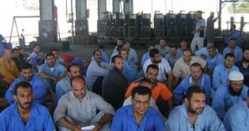 عمال شركة «هورس للأعمال الهندسية» يطالبوا الحكومة بالتدخل لصرف رواتبهم المتأخرة