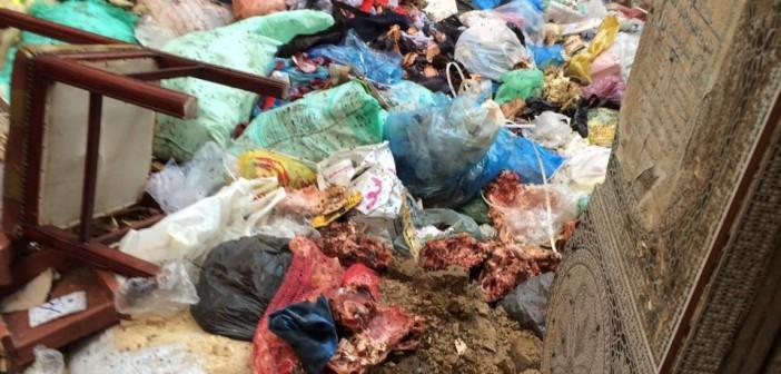 صور | تفاقم أزمة القمامة بكرموز في غياب مسؤولي الإسكندرية