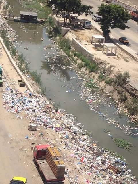 بالصور.. إهمال ترعة المحمودية.. ومواطن: «ليه بنقتل شرايين إسكندرية؟»