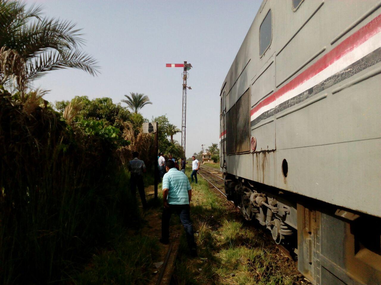 تعطل حركة قطارات الصعيد المتجهة إلى القاهرة (صور)