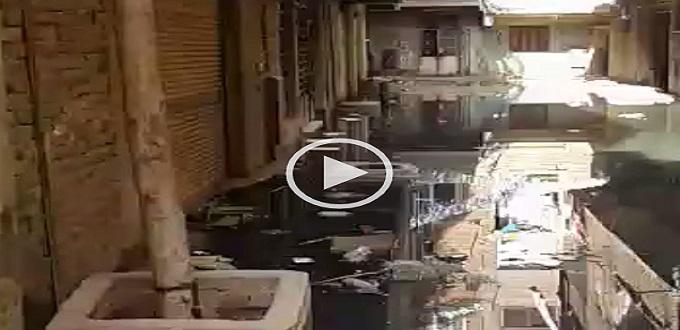 غرق شوارع «القصبجي» بالجيزة في الصرف.. ومسؤول: منقدرش نعمل حاجة (فيديو)