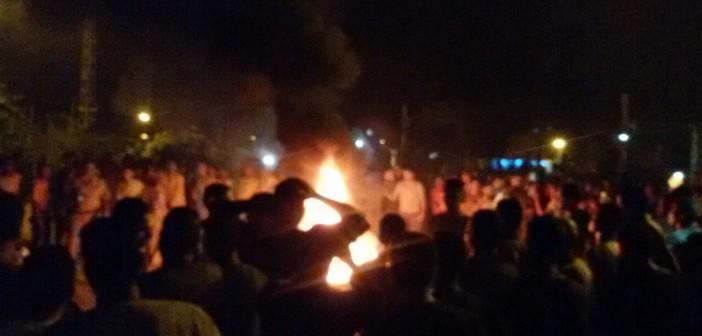 أهالي «قفط» يقطعون طريق «قنا ـ القاهرة» احتجاجًا على انقطاع الكهرباء