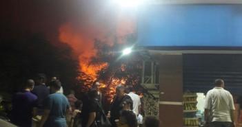 اندلاع حريق هائل في استديوهات النيل قرب سينما رادوبيس الهرم