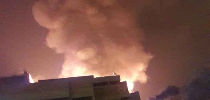 🔥 بالفيديو.. اللحظات الأولى لحريق «سوق السيراميك» في المرج