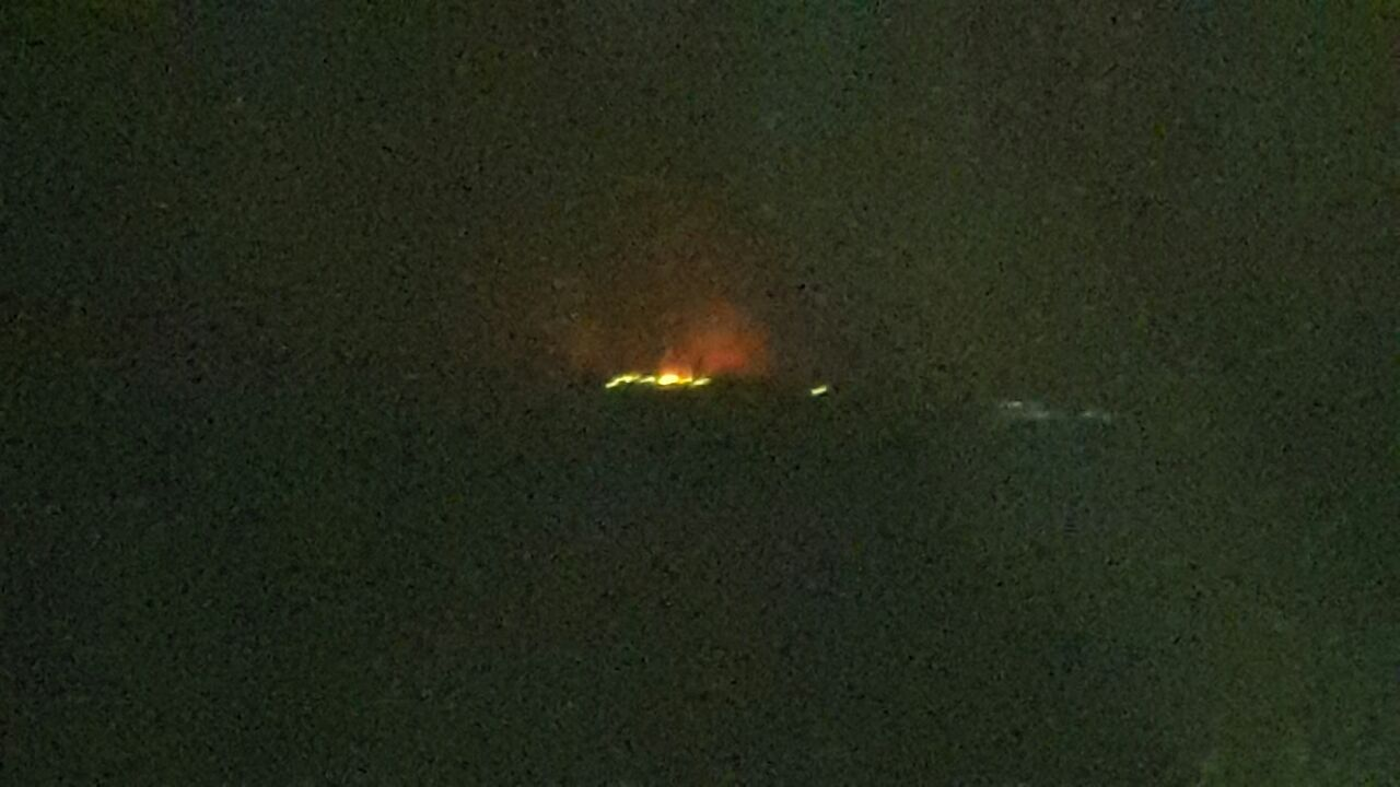 بالصور.. حريق في مصنع للطوب بالبحيرة بعد انفجار اسطوانات الغاز