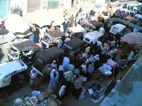 أهالي «باكوس» بالإسكندرية يشتكون من إنتشار الباعة الجائلين