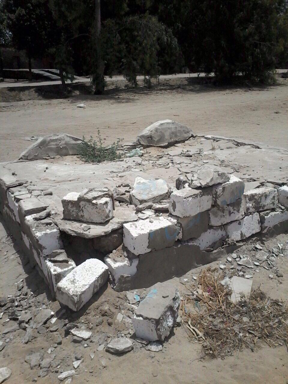 أهالى الصالحية القديمة بالشرقية يهددون بالإضراب عن الطعام بسبب الإصرار على هدم مقابرهم