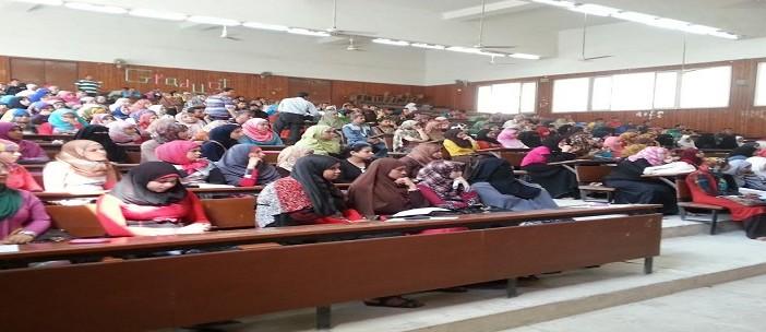 غضب طلاب التعليم المفتوح بإعلام المنيا: امتحانهم في 6 مواد يوميًا