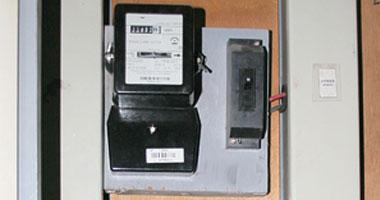 3 أشهر من الانتظار لتحويل 9 عدادت كهرباء عادية إلى الكارت (صور)