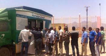 3 أشهر من المعاناة تحت الشمس.. سيارة متنقلة لخدمات بريد شرم الشيخ (صور)