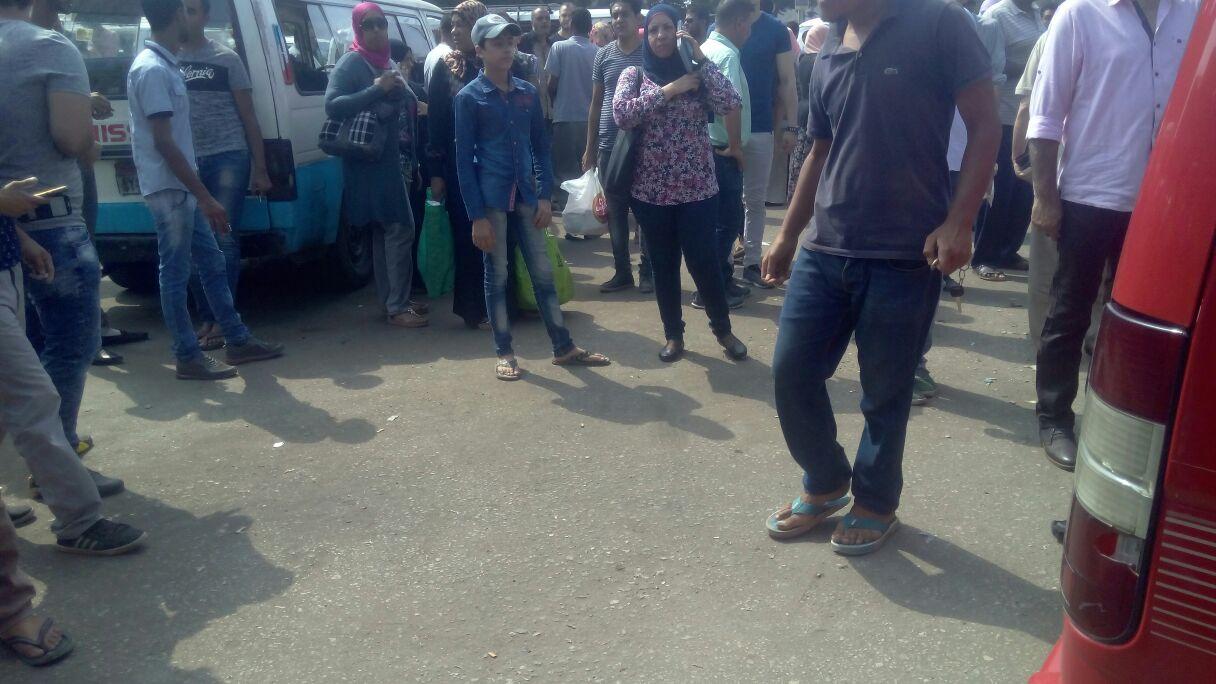إضراب محدود لسائقي موقف ميدان ألف مسكن (صورة)
