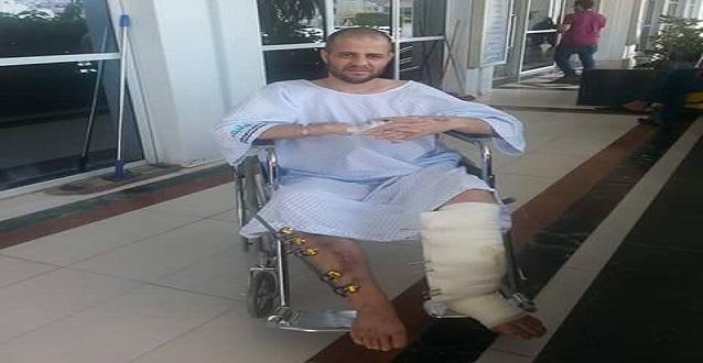 من على كرسيه المتحرك.. مصري بترحيلات السعودية يطالب بحل أزمة المحتجزين