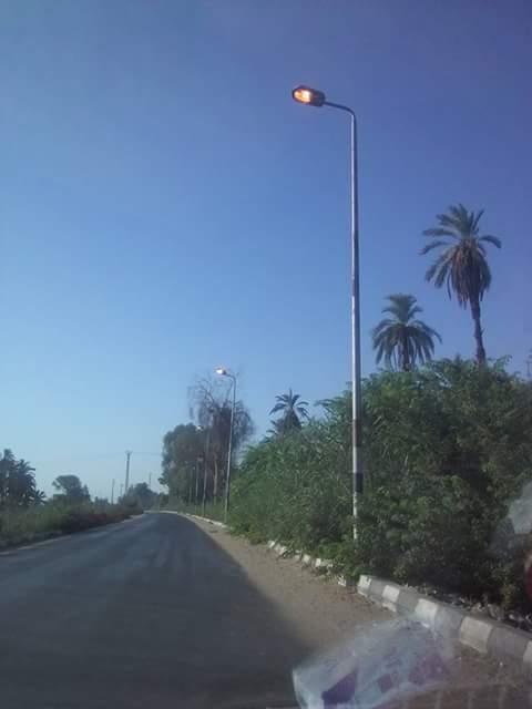 «حاسبوا المقصرين».. أعمدة الإنارة مضاءة في عز النهار بمركز إدفو محافظة أسوان