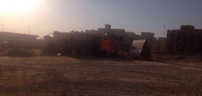 منطقة «أبو الهول» بالتجمع الثالث بدون خدمات وبنية تحتية منذ 2011 (صور)
