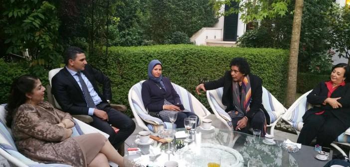 قنصلية مصر في فرانكفورت تحتفل باليوم الوطني بمشاركة منير (صور)