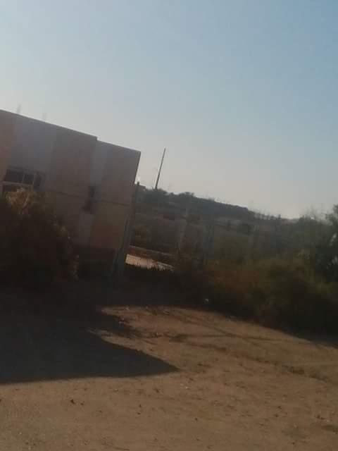 أهالي «إدفو بأسوان» يطالبون بإعادة تشغيل مصنع تدوير القمامة المغلق منذ ثورة يناير (صور)