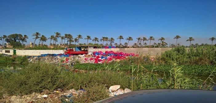 الإسكندرية| أهالي «الطابية» يطالبون بمنع إلقاء المخلفات الطبية بترعة العامية