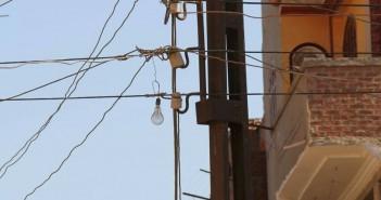 شكوي أهالي «ميت البيضا» بالباجور من شكبة الكهرباء المتهالكة بالقرية