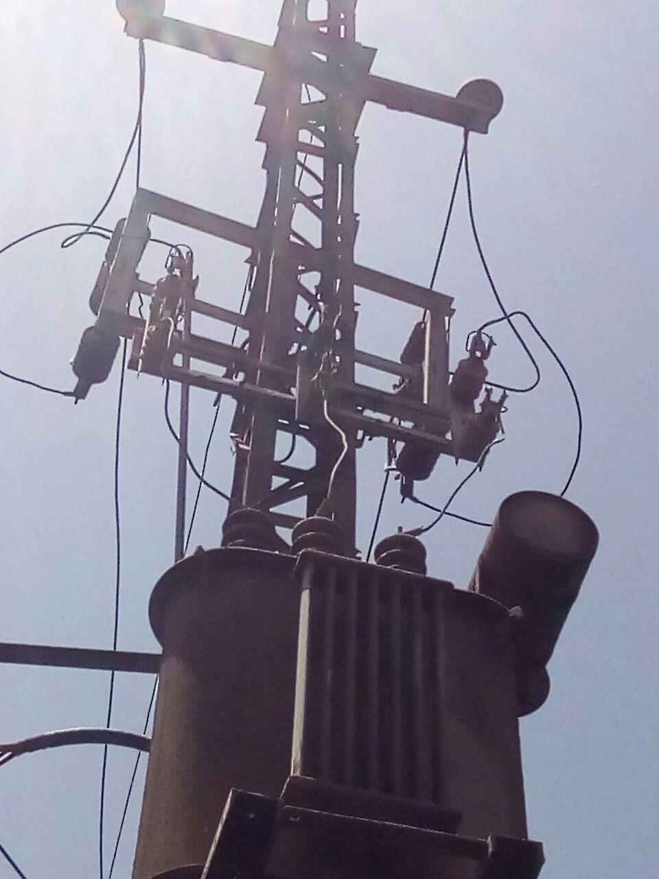 أهالي العسيرات بمحافظة سوهجا يشتكون من انقطاع الكهرباء ..«المحولات لم يتم تغييرها منذ 34 عام»