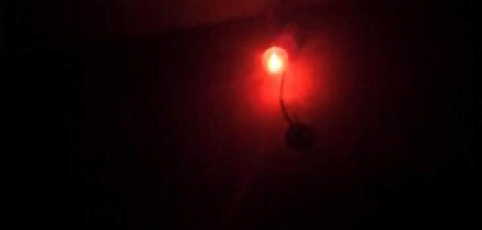 أهالي «منشأة دملو» يشكون الانقطاع المتكرر للكهرباء