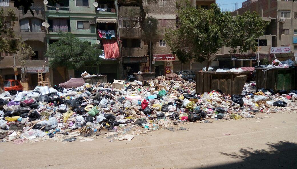 سكان جسر السويس يجددون شكواهم من انتشار القمامة بالشوارع فى غياب مسئولي الحي (صور)