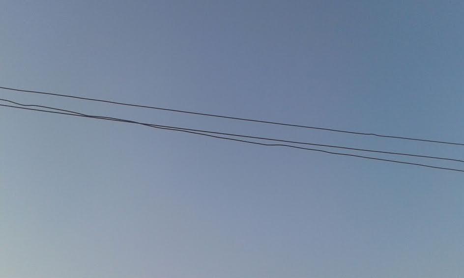 أهالي «ساقولا» محافظة المنيا يشتكون من تكرار انقطاع التيار الكهربائي بالقرية (صور)