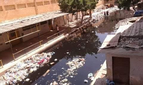 «الإسكندرية لم تعد عروس البحر المتوسط» شكاوى مستمرة من القمامة والصرف والبلطجة على شواطئ المحافظة (صور)