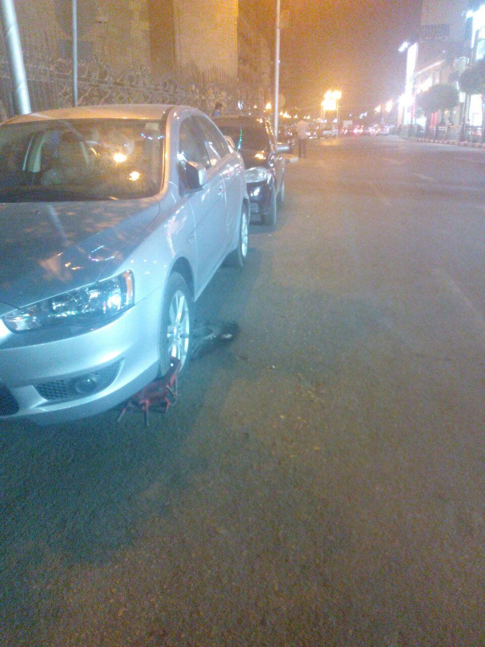 «علشان ضابط».. شكوى مواطن من مرور القاهرة «تركوا سيارته وكلبشوا بتاعتى» (صور)