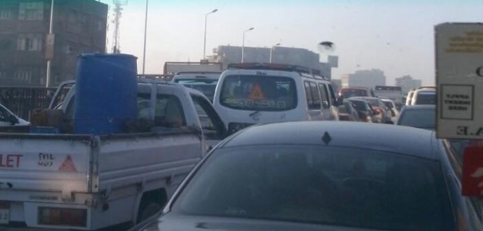 🚦 كثافات مرورية عَ الزراعي من قليوب حتى الطريق الدائري (صورة)