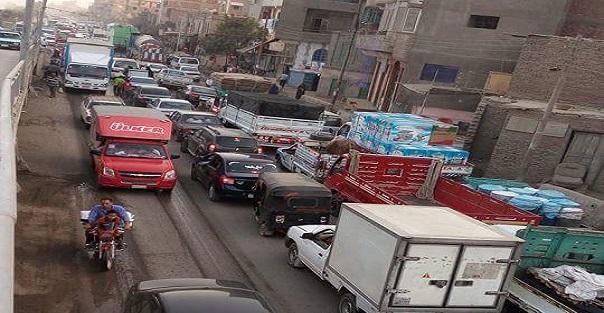 أهالي «كفر حمزة» يطالبون محافظ القليوبية بحل أزمة الزحام وتكرار الحوادث (صور)