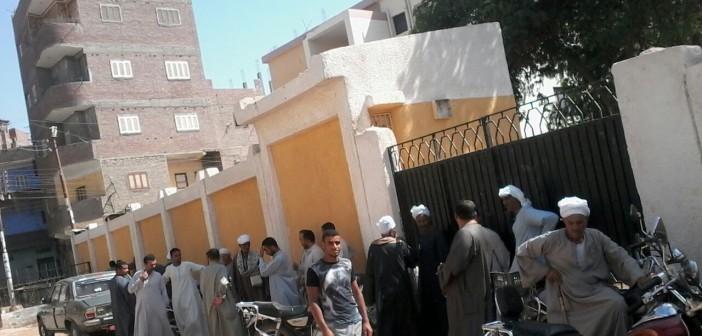 صور| احتجاجات لأهالي في مركز العسيرات بسوهاج للمطالبة بمحول كهرباء جديد