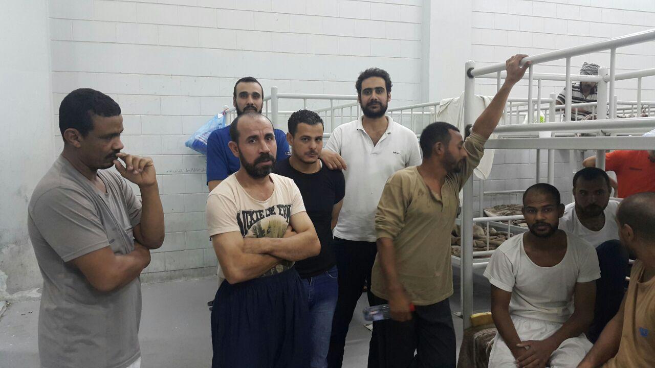 بالصور.. مصريون محتجزون في سجن بالسعودية يعلنون إضرابهم عن الطعام: «لم يسأل عنا أحد»