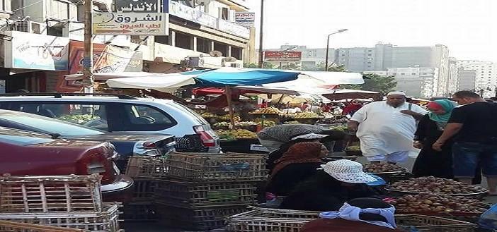 سوق الهانوفيل.. إشغالات وعمالة أطفال وسلطات غائبة (صور)